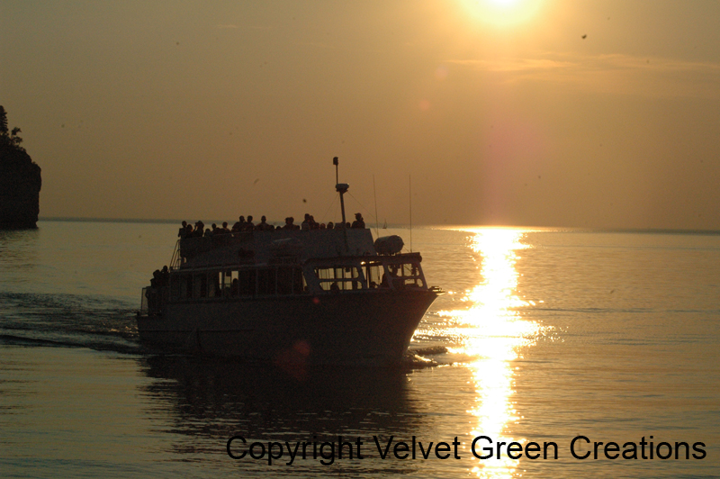Pictured Rocks Boat Tours